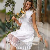 Simplee Zarif Fırfır Dantel Beyaz Elbise Kadınlar Casual A-Line Yaz Midi Vintage Tatil Partisi Moda Kolsuz Elbiseler