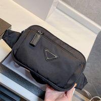 클래식 최고의 유니섹스 방수 Fanny 팩 개인화 된 신용 카드 홀더 디자인 지갑 가방 코치 돈 클립 남성 검은 가슴 가방
