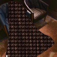 Manta barroca de lujo Moda impresa Manta de diseño 8 Patrones Toque suave Hombres Mujeres Velvet Alfombras