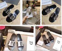 Zapatos de diseño de lujo deslizante de verano de moda de moda, sandalias planas, zapatillas, hombres y mujeres, chanclas 01