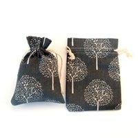 100 pz Borsa di stoffa di cotone Restaurazione dei modi antichi Black Tree Tree Biancheria di Biancheria da regalo Set di gioielli Set di gioielli Borse da imballaggio Trucco Trucco 10x14cm