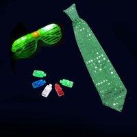 パーティーの装飾LED輝くライトアップバーKTV発光のおもちゃのメガネのタイの指と大人のための誕生日の好意