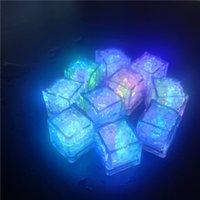 Многоцветные светодиодные кубики льда с изменяющимися огнями красочные сенсорный ночной свет