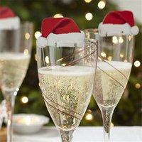 10 teile / los Weihnachtsdekorationen für Heimtisch Platz Karten Weihnachten Santa Hut Wein Glas Dekoration Neujahr Partybedarf