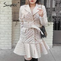 Simple Elegante Diamante Padrão Mulheres Mulheres Vestido de Inverno V-Neck Pearl Button Cinto Ruffled Vestido High Street Quente quente