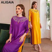 ALIGAIA 2021 Spring Robe de Noel Satin Musulmana Abaya Dubai Turchia Abito lungo Femme Maxi Abiti per le donne Plus Size Abbigliamento Casual