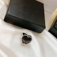 2021 European and American heart-shaped letter ring fashion daily black hundred matching accessories female high-quality fast delivery