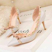 2021 الخريف أزياء المرأة اللباس مضخات رقيقة عالية الكعب برشام فراشة عقدة أحذية لسيدة أحذية الزفاف الكعوب للنساء