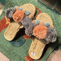 25 Farbe Frauen Handgemachte Sandalen Hausschuhe Flip Flops Farbige Wollkugel Strohschuhe Sandalias de Verano Para Mujer