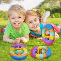 In magazzino Silicone Fidget Toys Snap Hand Afferra il giocattolo antistress per i bambini Adult Stress Reliever Semplice Dimple