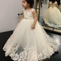 Pequeñas niñas blancas vestidas de encaje vintage de longitud de longitud princesa niños ropa formal