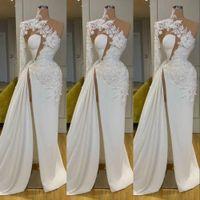 2021 Sexy Arabisch Dubai Exquisite Spitze Weiß Ball Kleider High Hals Eine Schulter Langarm Blumen Blumen Formale Abendkleid Side Split Robes de Mariée Sweep Zug