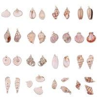 15 Stili Charms Natural Shell Charms Tiny Conch Cowrie Sea Conchiglie Pendente per gioielli fai da te Making Bracciale Collana 1957 Q2
