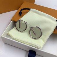Stor cirkel Örhängen för kvinnor brev designers hoop huggie mode örhänge kvinna enkla smycken med låda guld sliver