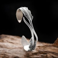 Bangle Creative Design Vintage Feather Bracelet For Men Cuff Wrist Jewelry Gift