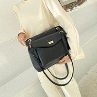 Luxurys Bagsred Luxurys New Bagsbags2021 Fashion Net Tote Simple Large Capacity One Shoulder Summer Atmosphere Wandering Female