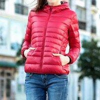 2020 Yeni Rahat Ultra Açık Beyaz Ördek Aşağı Ceket Kadın Sonbahar Kış Sıcak Ceket Bayan Ceketler Kadın Kapüşonlu Parka1
