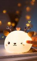 Luz líder LED luz de silicone sensor de toque 7 cor lâmpada de cervo lâmpada de bebê sala decoração mesa ornamentos bateria / carga USB