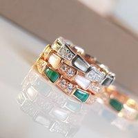 Baojia ósseo anel de cobra feminino 925 puro prata prata incrustado diamante ágata vermelho fritillaria chapeado com ouro rosa 18k 1swd