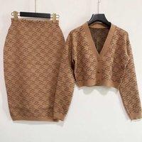 İki Parça Elbise 2021 Sonbahar V Boyun Uzun Kollu Panelli Kazak Ve Kadın Moda Baskı Etekler Için 2 Parça Setleri 0812-6