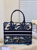 حقيبة الشاطئ المرأة المصممين الفاخرة أكياس 2021 حقيبة يد الأزياء جودة عالية سعة كبيرة التطريز كرافت دعم شخصية