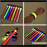 Dekoration LED-Sport-Slap-Handgelenk-Bands-Armband-Licht-Blitzarmband glühendes Flachriemen für Party-Konzert-Armband CGNAB GO490