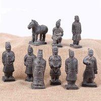 9pcs / set Cinese Army Terracotta Figurina Qin Dynasty Army Scultura Decorazioni per la casa Artigianato argilla con scatola regalo 210811