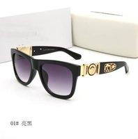 Lunettes de soleil Marque d'été Mesdames UV400 Femme Femme Vélo Verres Classique Extérieur Sport Eyewear Girl Beach Sun Verre 2156