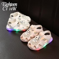 Sandals Size 21-25 LED Children Glowing Kid Shoes Beach Soft Bottom Boys Running Baby Toddler Slippers