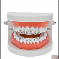 Grillz Dental Grills Fashion Hip Hop Lava Grillzs 18K Gold Plated Top Bottom Vampire Teeth Rock Punk Rapper Accessories With 2 Uegy9