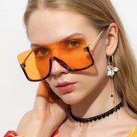 Cadre surdimensionné surdimensionné de mode Sunglasses féminines 2021 Nouveau visage Masque Masque Personnalité Personne Soleil Sunscreen Sun Lunettes UV400