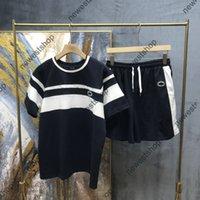 2021 صيف الرجال مصمم رياضية مجموعات الرجال الأزياء التطريز إلكتروني طباعة الدعاوى تي شيرت شيرت القميص الأزرق الرياضية
