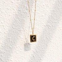 Vintage Quadratischer Anhänger Schwarz Barock Mond Halbmond-Schlüsselbein Halskette Femme Edelstahl 18 k plattierte Kettenkragen Halsketten