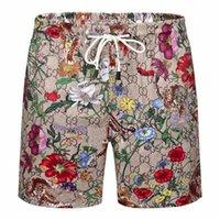 2021 Mens Track Shorts Calças Estilo de Moda com Letras Cortes de Cortesias Ajustar Calças Esportivas Curta Street Outwears para Summers de Primavera Pant Pant Roupas