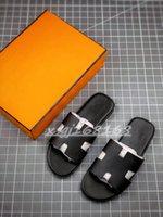 2021 Luxe classico da uomo Izmir pantofole Slittamento estivo Real in morbida pelle da uomo in pelle spiaggia flip flop h pantofola sandali di alta qualità
