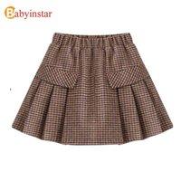 Babyinstar New Kids Saias para meninas bebê xadrez impresso saias crianças crianças outono e inverno roupa estilo moda saias 210331