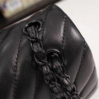 Cawhide-caviar Texture Texture Chaîne FLAP Sacs Bonne Qualité en gros Mode Sacs à main Femmes de luxe Designer Sac à bandoulière Marque Mini classique Hookbag