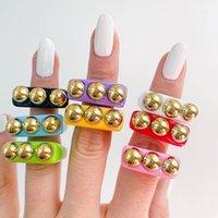 Mode godis ringar med tre gyllene prickar nyhet punk stil fingrar ring