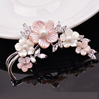Pins, Brooches Freshwater Pearl Brooch Ladies Temperament Korean Design High-grade Shell Flower Pin Jewelry