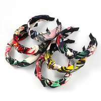 2021 Fashion Printemps Fleurs imprimées Bandeau de tête Femme Tissu Casual Tissu élégant Tempéramment Knot Bandeau de tête Accessoires de cheveux