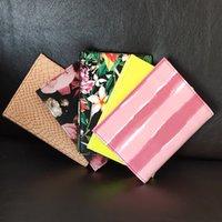 Mode rose Stripe Haute Qualité Passport de passeport Couverture Couverture Carte d'identité Sac Protecteur Sacs de rangement Femme Sacs VIP Cadeau 23 Couleurs Passeports