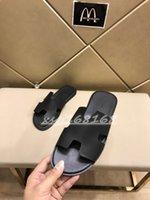 Pantoufles de luxe Classique Izmir Slippers Été Diapositive Véritable Cuir souple Hommes Plage Flip Flip Flip Sandales Italie