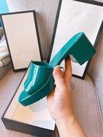 Arte di alta qualità Arte e Artigianato Guliki Slipper da donna Gelay Gelatina in pelle Luce Sexy Pantofole Summer Beach Scarpe Sandali Designer di Prestigio 35-42