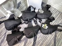 Bolsas de la cintura 2021 Bolsa de silla de montar Satchel Almacenamiento Bolso Monedero monedero Monedero Moda Cuero Mochila Mochila Hombres Cool Frío Senior Mujeres Sólido Color Cross-Cuerpo Shell
