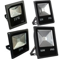 LED RGB Projecteur 10W-200W Couleur de couleurs en plein air avec télécommande IP65 Lampe d'inondation de mur Dimmable imperméable