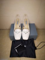 2020 Ultime scarpe dress di fascia alta moda classica scarpe da sposa da sposa donna feste di moda moda piatta top designer di lusso scarpe di lusso in pelle sanda