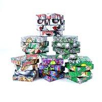 Rubik Küp Kuru Herb Öğütücü Sigara Boru Aksesuarları 4 Katmanlar Çinko Alaşım Tütün Miller Komik Baharatlar Kırıcı Backwoods Kafatası Tam Desen Plastik Kılıf