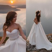 Shining Crystal Beaded Wedding Dresses Sweetheart Backless Bridal Gowns Sweep Train A Line Vestido De Novia With Bow