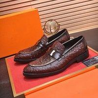 A 2021 Mens Luxury Dress Shoe Men Oxfords Fashion Business Dress Men Shoes 2020 New Classic Leather Men'S Suits Shoes Man Shoes