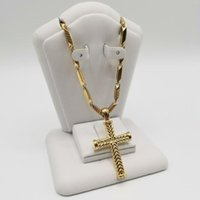 Pendant Necklaces Fashion Gold Color Cross Chain Necklace For Women Men Luxury Jewelry Crucifix Christian Gifts